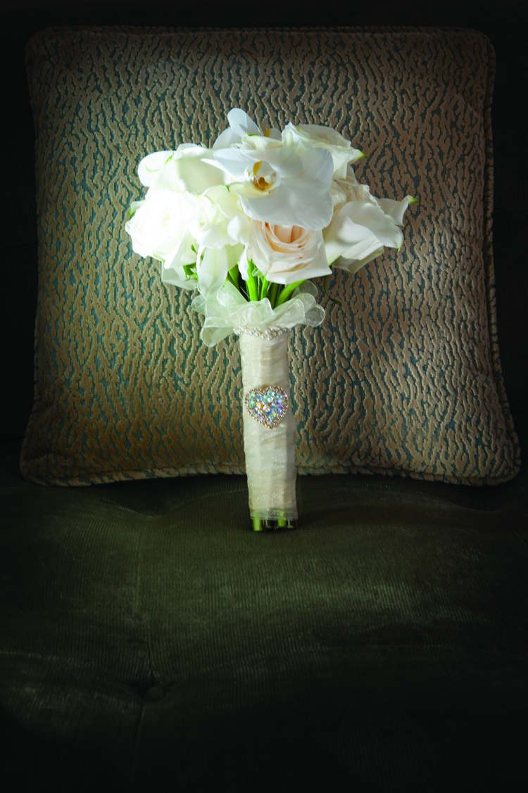 Winter white wedding flowers weve been dreaming of a white christmas around the office and thought wed share some of our favorite wintery white bouquets in honor of the season mightylinksfo