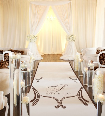 Center of Attention- Donnie Brown Weddings & Events