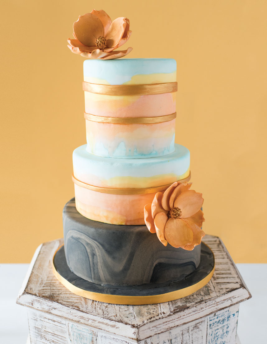 Sweets & Suites: DFW Wedding Cake and Invitation Pairings