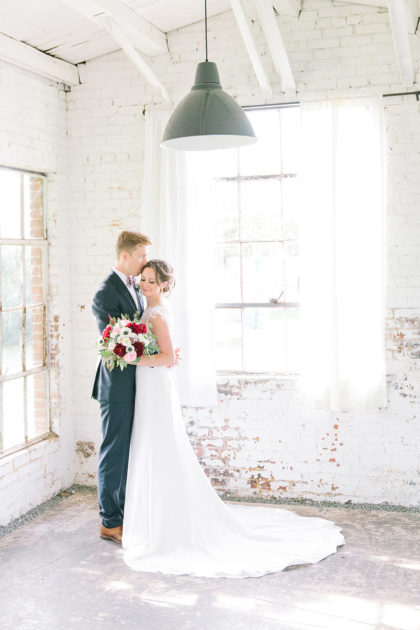 Victoria Payne And Nicholas Ross Dfw Wedding At Hickory