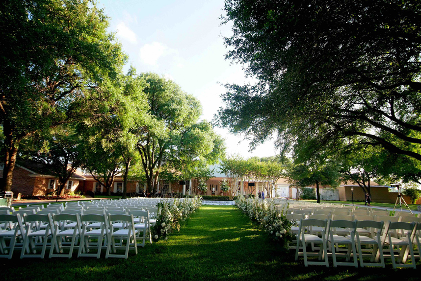 10 beautiful dfw country club wedding venues these clubcorp destinations offer breathtaking beauty that will suit any theme read on to discover the magic each venue has to offer junglespirit Image collections