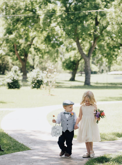 Madeline Rehm And Colin Price S Rustic Vintage Dfw Wedding